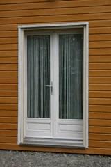 Porte fenêtre bois avant peinture